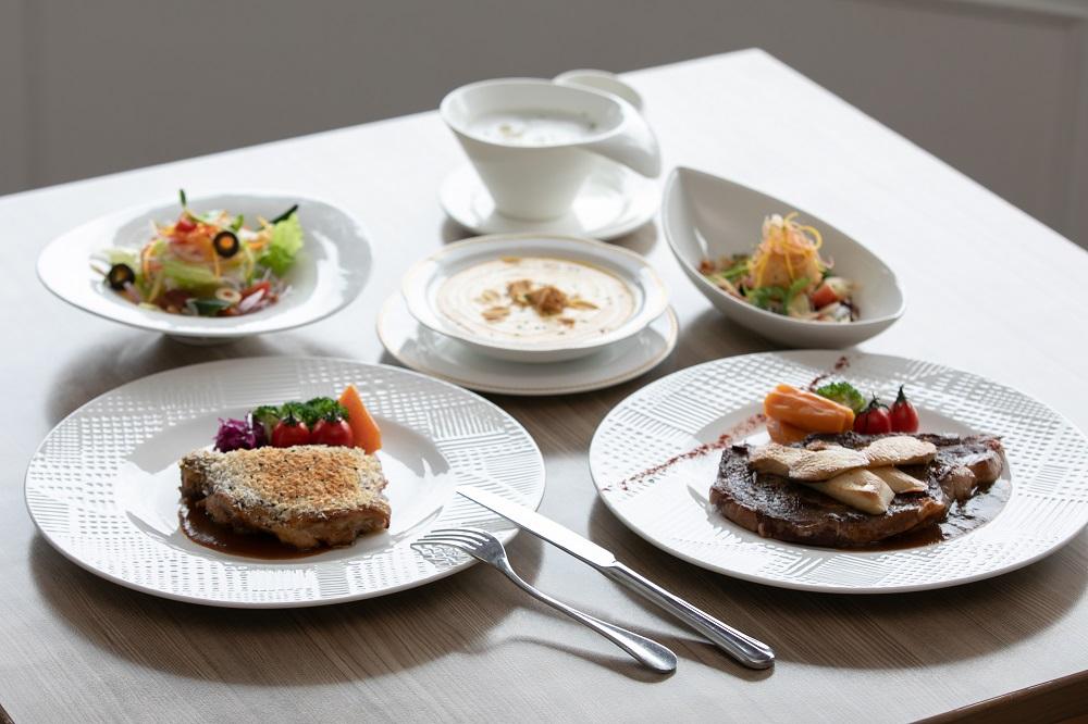 福容大飯店/墾丁/超值午餐/普羅旺斯烤雞腿佐義式燉蔬菜/頂級牛排