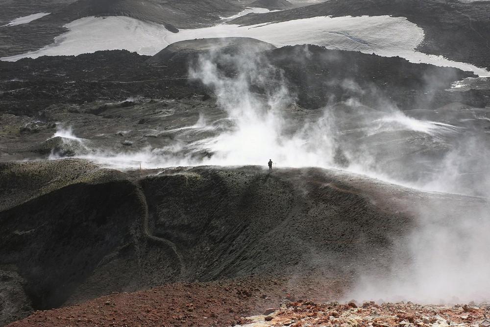 Fimmvörðuháls/冰島/中部高地/旅遊/高地古道/健行/黑岩漠