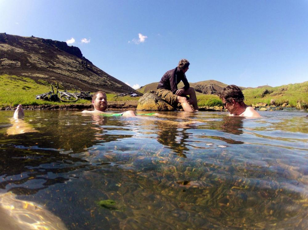 冰島/登山越野車/單線山徑/Sacred Rides/露天溫泉