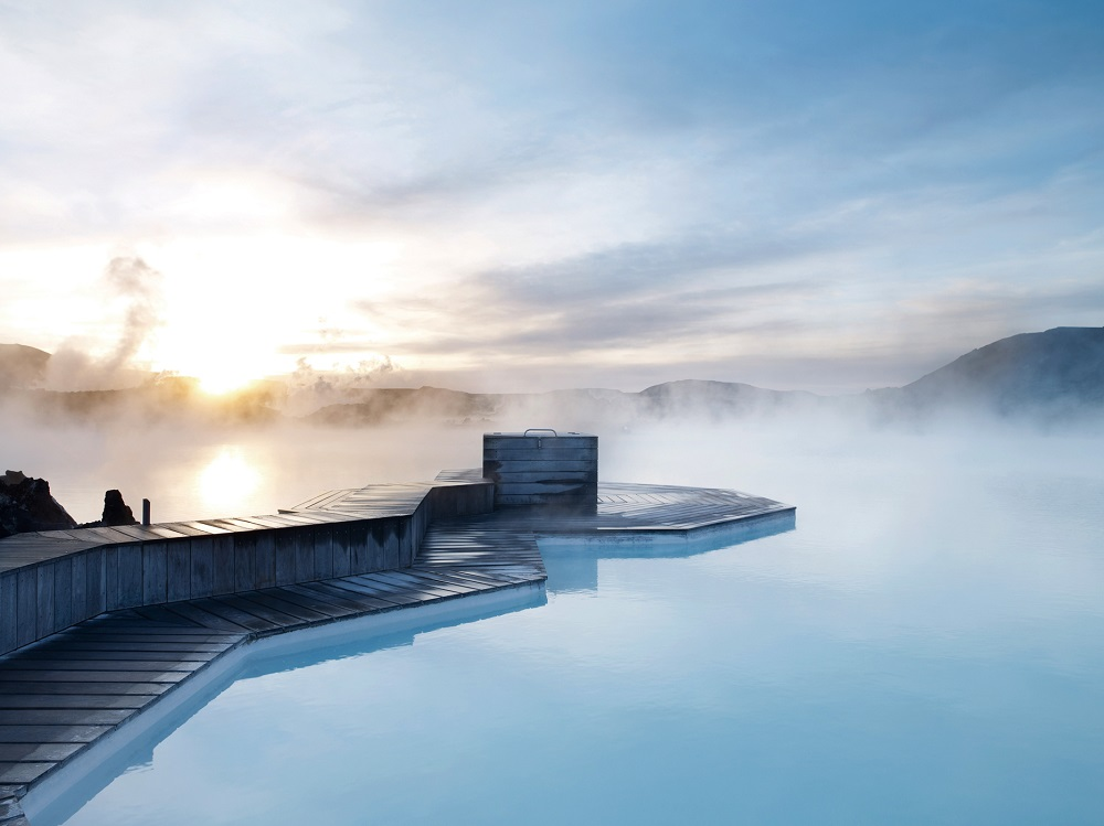 藍湖露天溫泉/冰島/絕景飯店/高級旅宿/火山泥