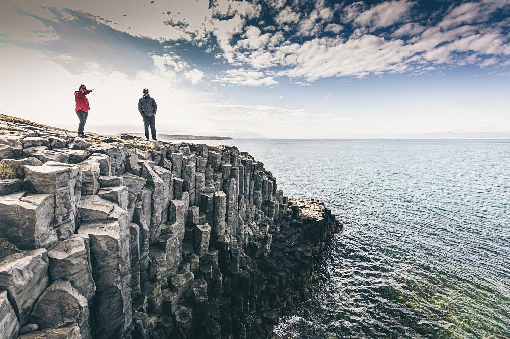 冰島自駕/Arctic Coast Way/歐洲最佳旅行地點/巨魔半島/ 玄武岩斷崖海岸