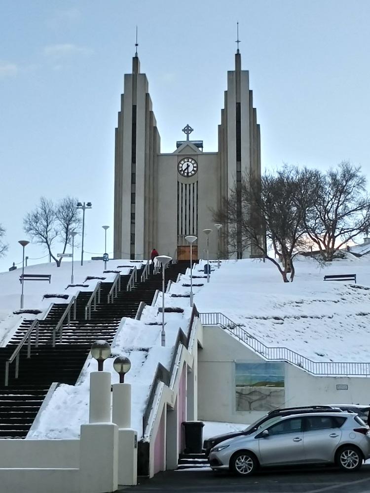 北極海岸公路/冰島自駕/歐洲最佳旅行地點/阿庫瑞里大教堂