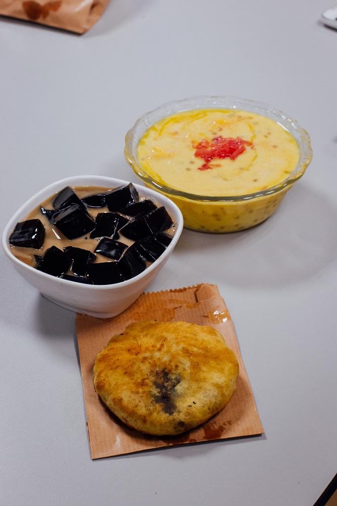 吳廷記/紅豆餅/爽滑涼粉/仙草/楊汁甘露/澳門小食