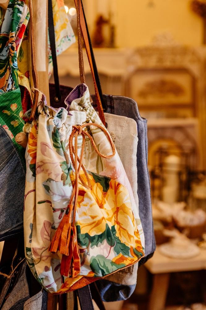 小普羅旺斯/富錦街/台北/歐風家飾/法國古董花布拼接布包