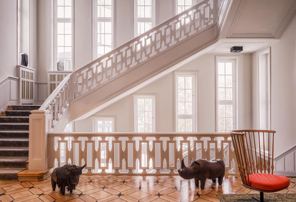 SO/ Berlin Das Stue/柏林/德國/住宿/設計旅館/樓梯間/動物擺飾