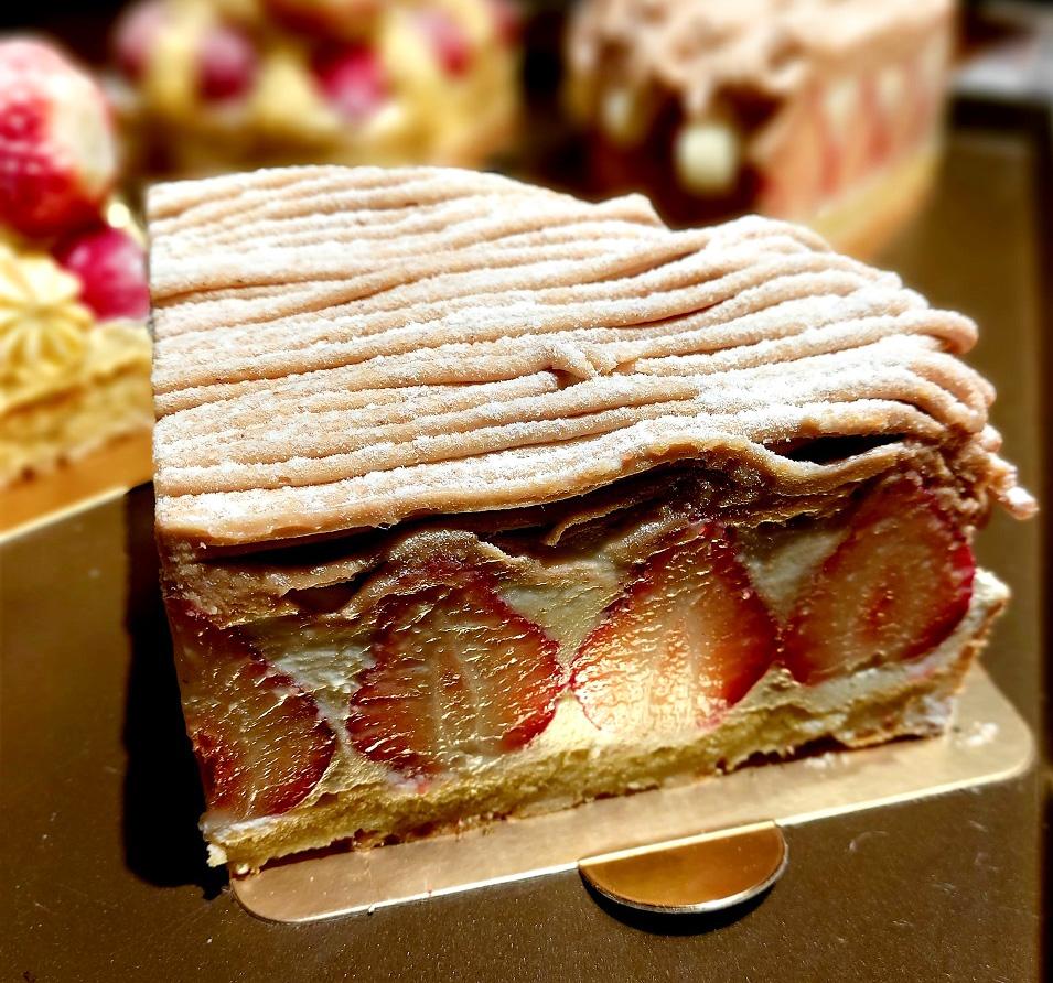 深夜裡的法國手工甜點/白色乳酪草莓塔佐法國栗子泥/台北