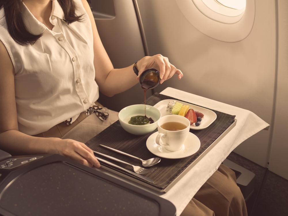 星宇航空/台灣/航空公司/STARLUX/飛機餐/商務艙/咖椰奶凍