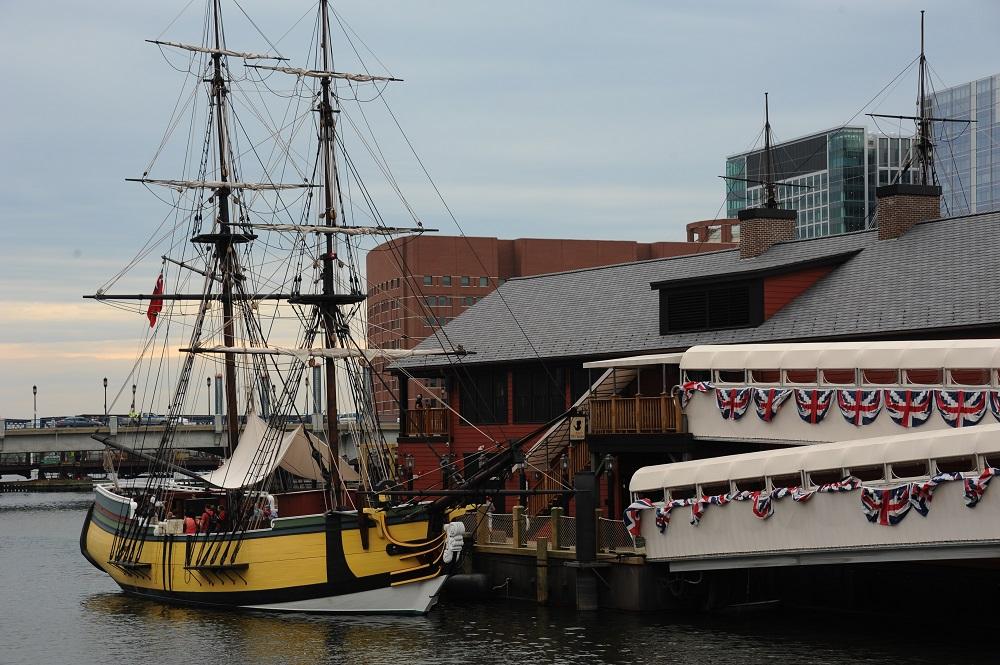 自由之路/波士頓/美國獨立/波士頓茶葉事件博物館/船/海濱區