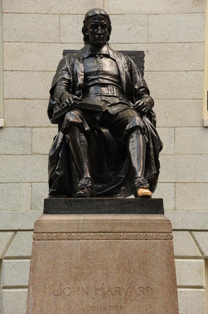 哈佛大學/波士頓/世界一流大學/哈佛一日遊/哈佛雕像