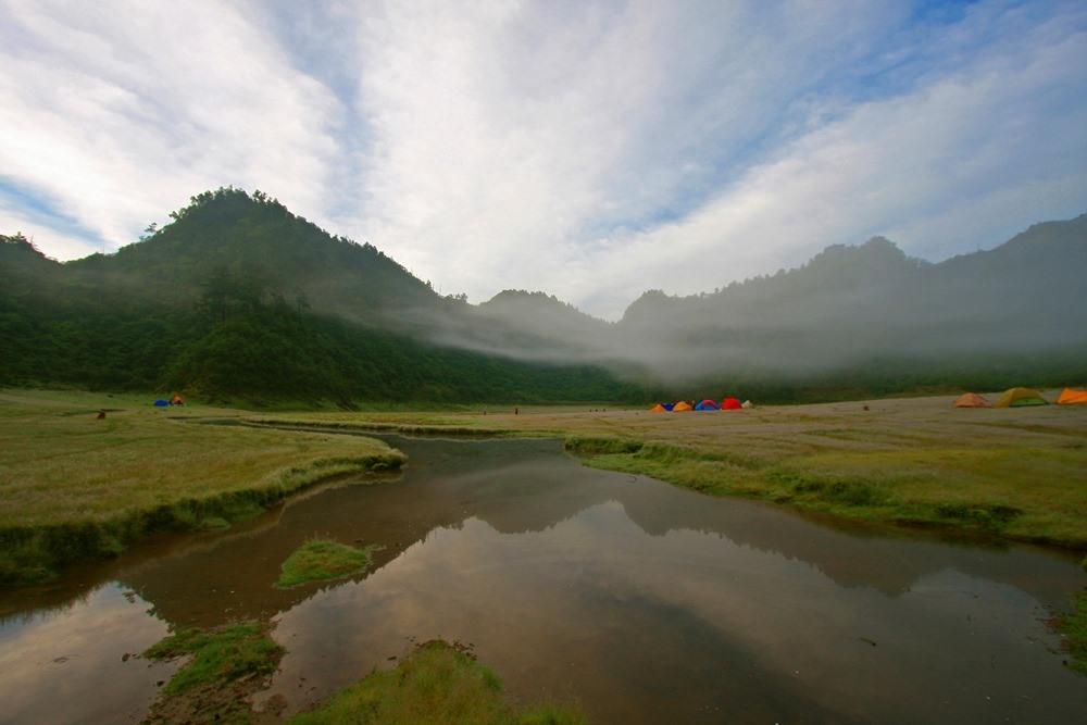 健行/松羅湖/深度旅遊/崔祖錫/雪山山脈北段/台灣