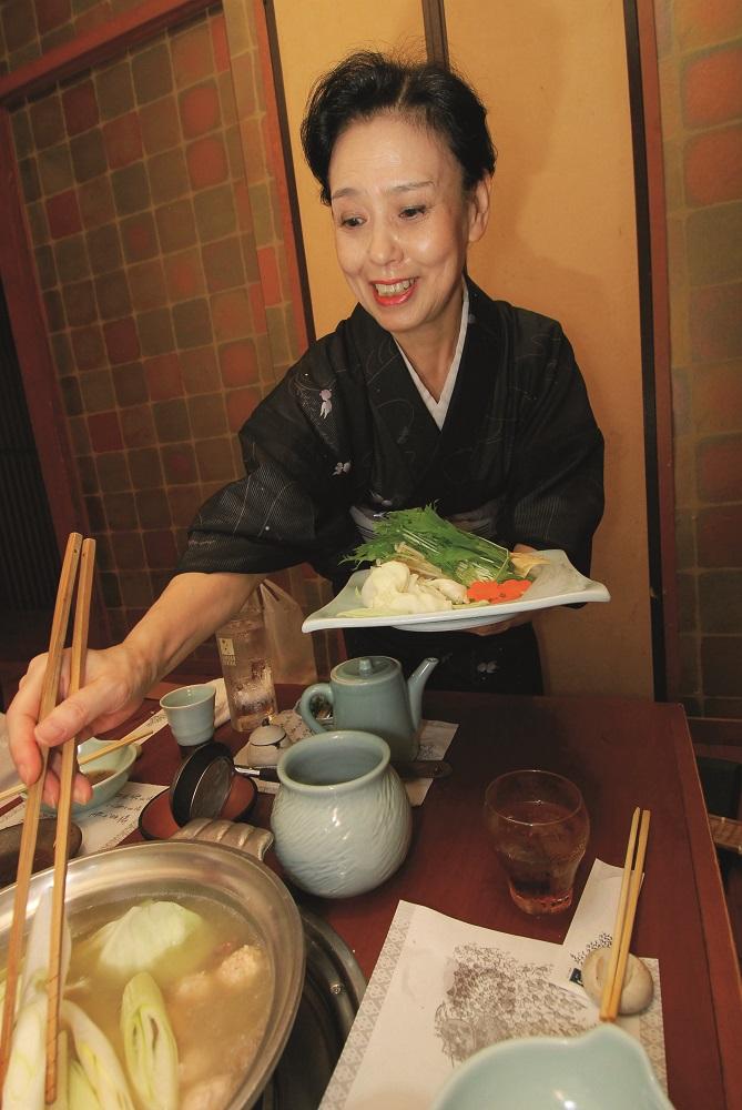 福岡/博多/水炊鍋/みずたき/華味鳥/雞湯鍋
