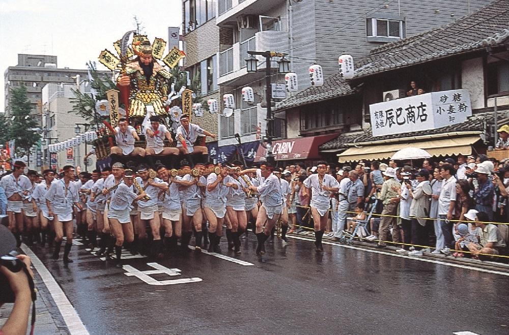 福岡自由行/博多祇園山笠祭/山笠花車