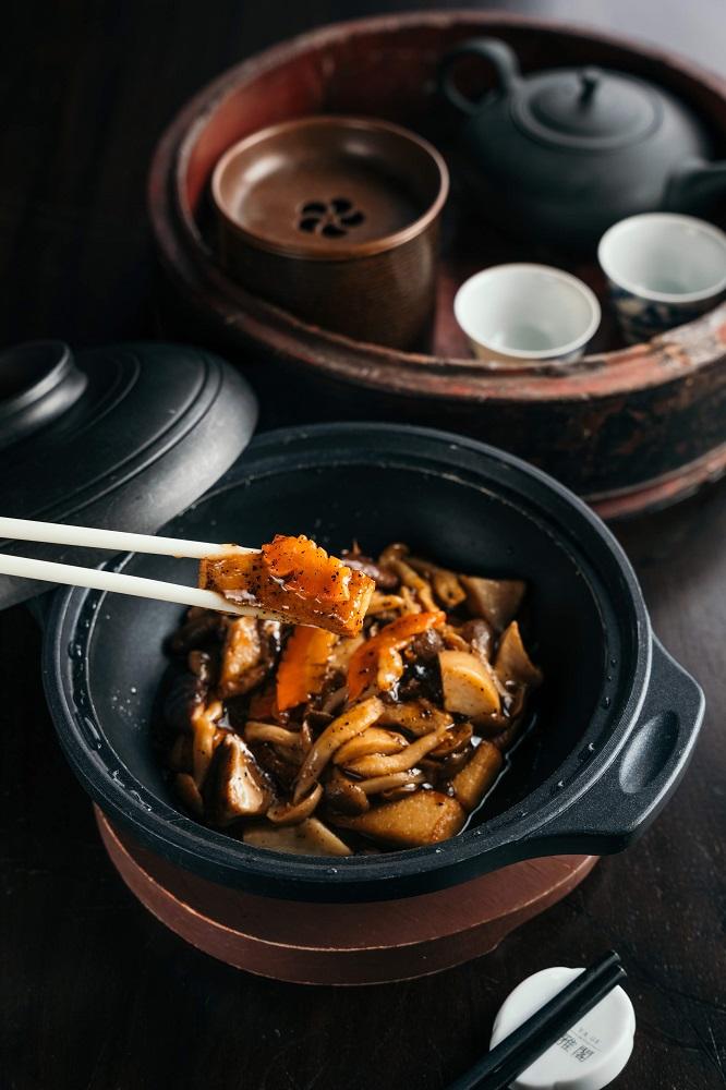 台北米其林/台北文華東方酒店/雅閣/蔬食餐廳/黑松露野菇豆腐煲