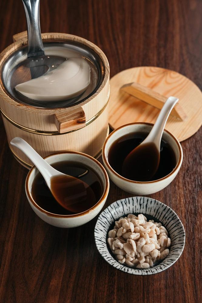 台北米其林認證/上善豆家/人氣蔬食餐廳/天然鹽滷木桶豆花