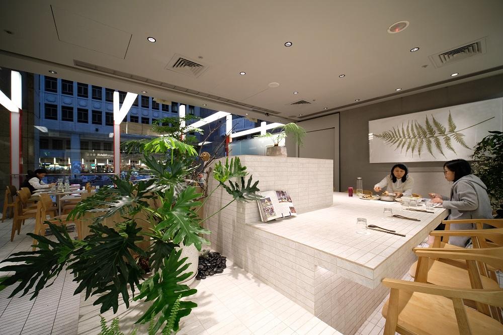 台北微風美食/人氣蔬食餐廳/本食/選選研/虎尾+謝建築設計