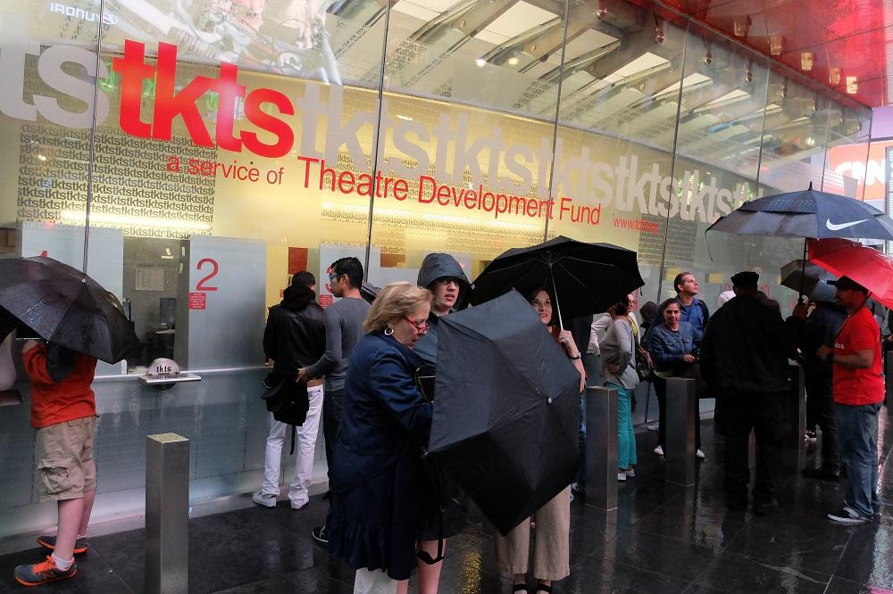 紐約/曼哈頓中城/百老匯/經典舞台劇/折扣票亭TKTS
