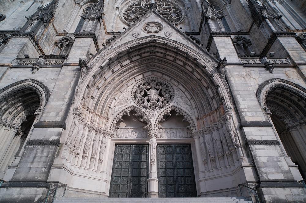 未完成的聖約翰/聖約翰神明座堂/紐約/絕美教堂/雕像