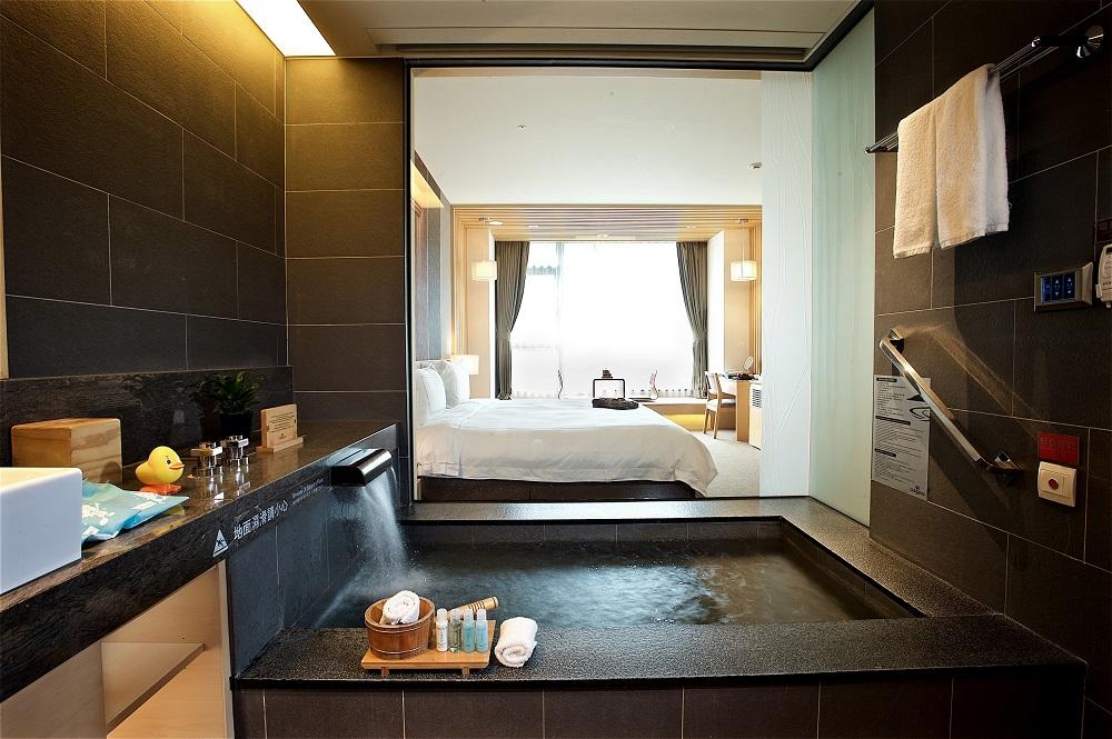 宜蘭/長榮鳳凰酒店(礁溪) /泡湯/溫泉/浴室