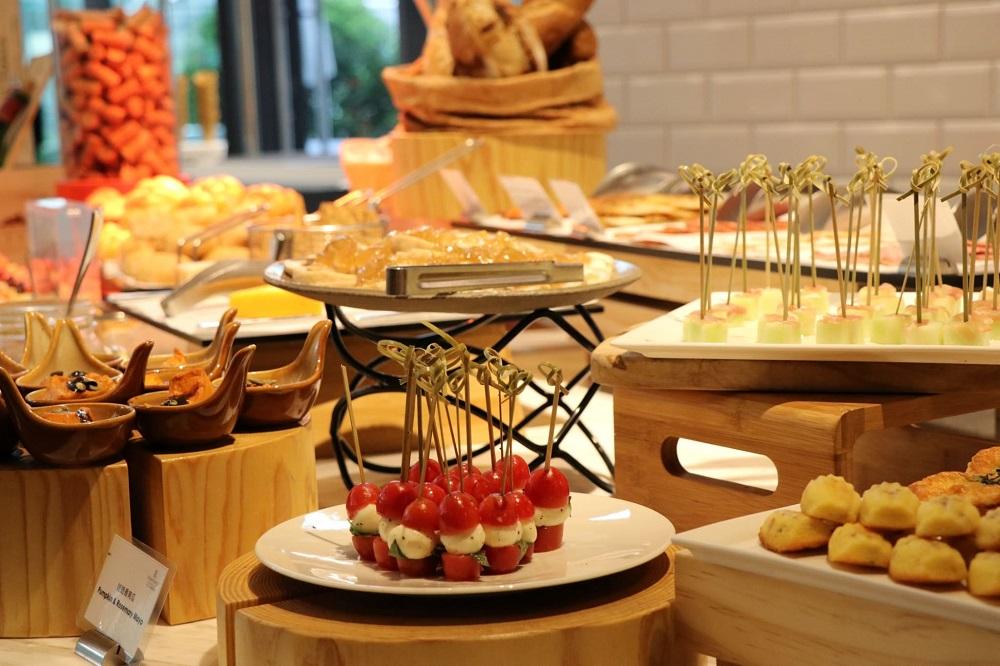 台北士林萬麗酒店/士林廚房自助餐/用餐優惠/水果