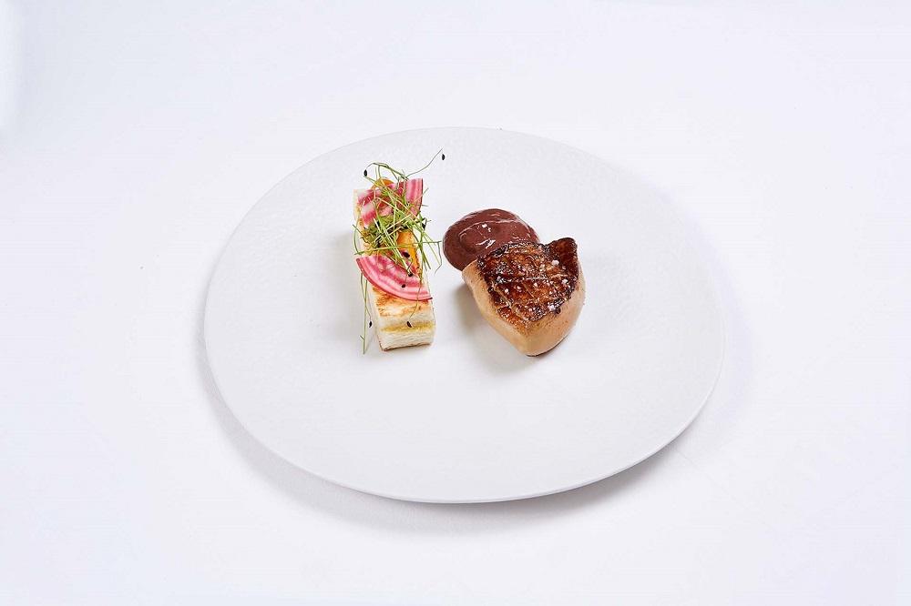 台北國賓大飯店/A CUT STEAKHOUSE/南洋味新菜/香煎鵝肝/香料防疫