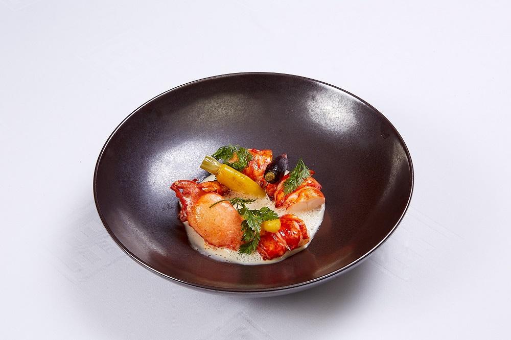 台北國賓大飯店/A CUT STEAKHOUSE/南洋味新菜/藍龍蝦/香料防疫