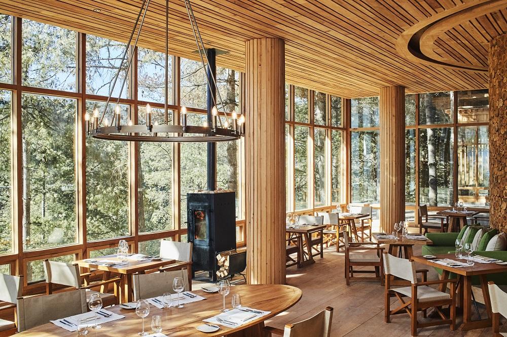 布姆唐六善酒店/森林中的森林/隱逸旅地/不丹/餐廳