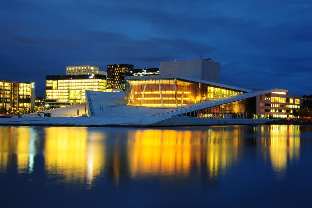 北歐建築/奧斯陸歌劇院/挪威/挪威峽灣/夜景