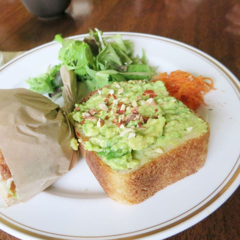 avocado open sandwich/旅人聚樂部/TRAVELER luxe CLUB/旅遊社