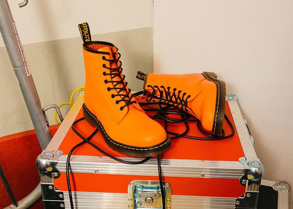 Dr. Martens/馬汀靴/1460/飽和澄橘色/反叛精神