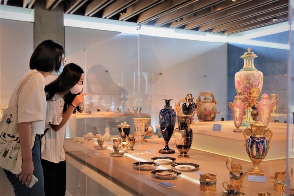亞熱帶花園─彩繪陶瓷展/鶯歌陶瓷博物館/新北/台灣