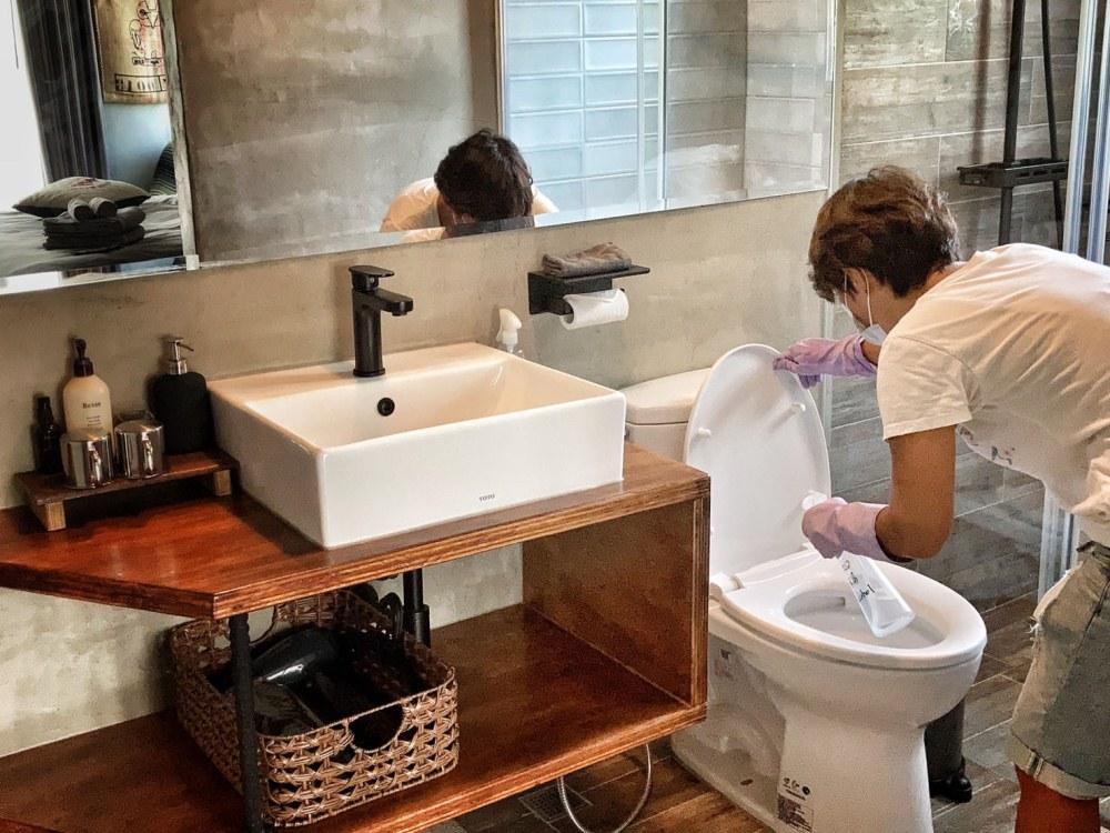 浴室清潔/優質旅宿/台灣精選旅宿指南/Dear b&b