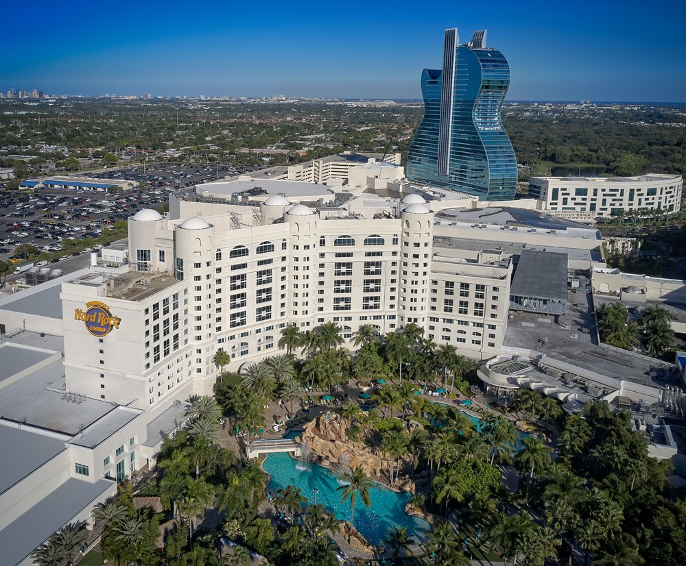 Seminole Hard Rock Hotel & Casino Hollyw/吉他造型建築/佛羅