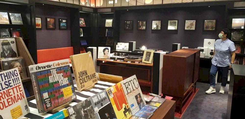 全新24小時誠品信義三樓書店/信義區/台北