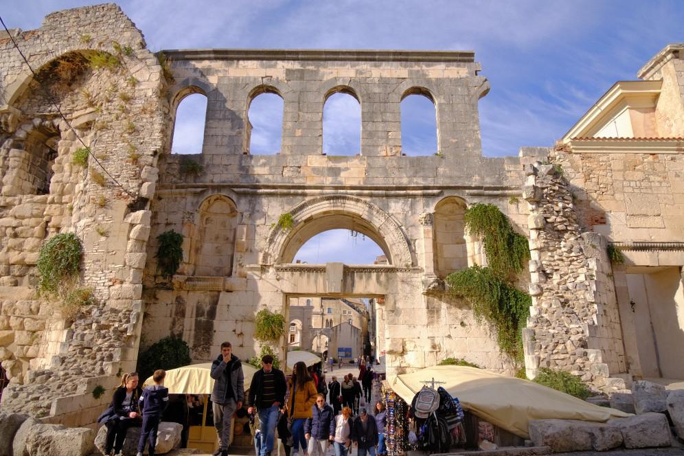 克羅埃西亞旅遊景點「戴克里先皇宮」