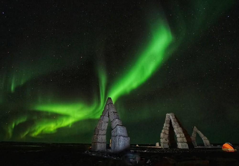 冰島極光/北極巨石陣