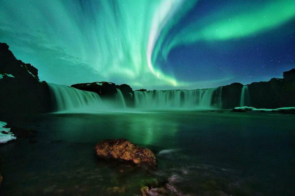 冰島極光/眾神瀑布