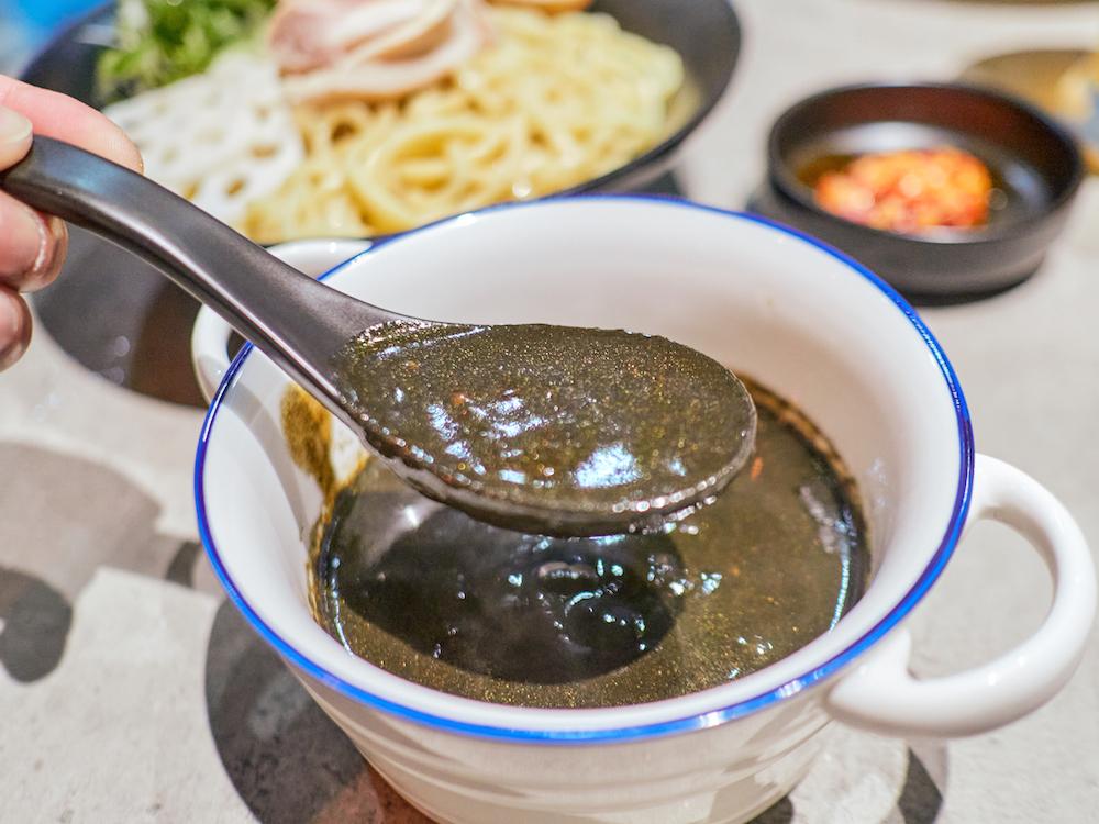 黑咖哩醬汁/Le Ming/中山拉麵/拉麵推薦/台北拉麵/中山