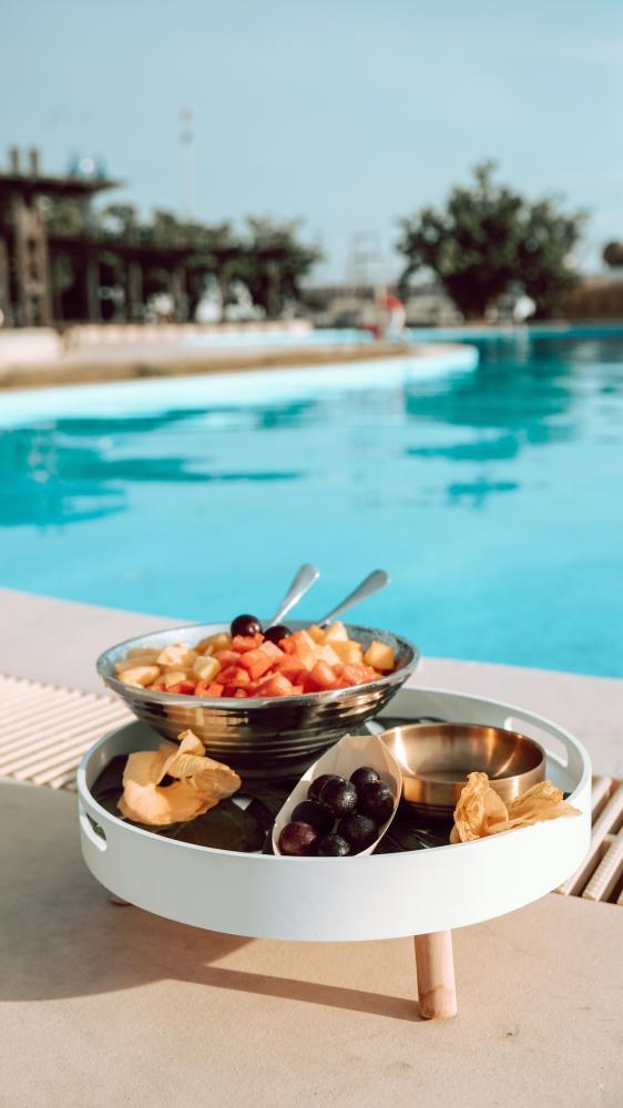 泳池畔的冰鎮午茶/向海那漾/台中景點/海邊露營/台中露營/台中大安