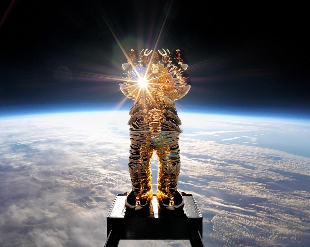 KAWSHOLIDAY/COMPANION/香港/太空之旅/世界巡迴展覽