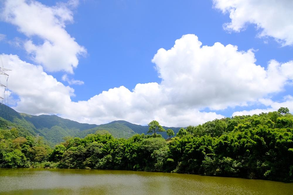 林美石磐步道的草湳湖