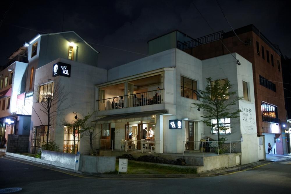 MOON JAR/咖啡館/濁米酒吧/首爾/韓國