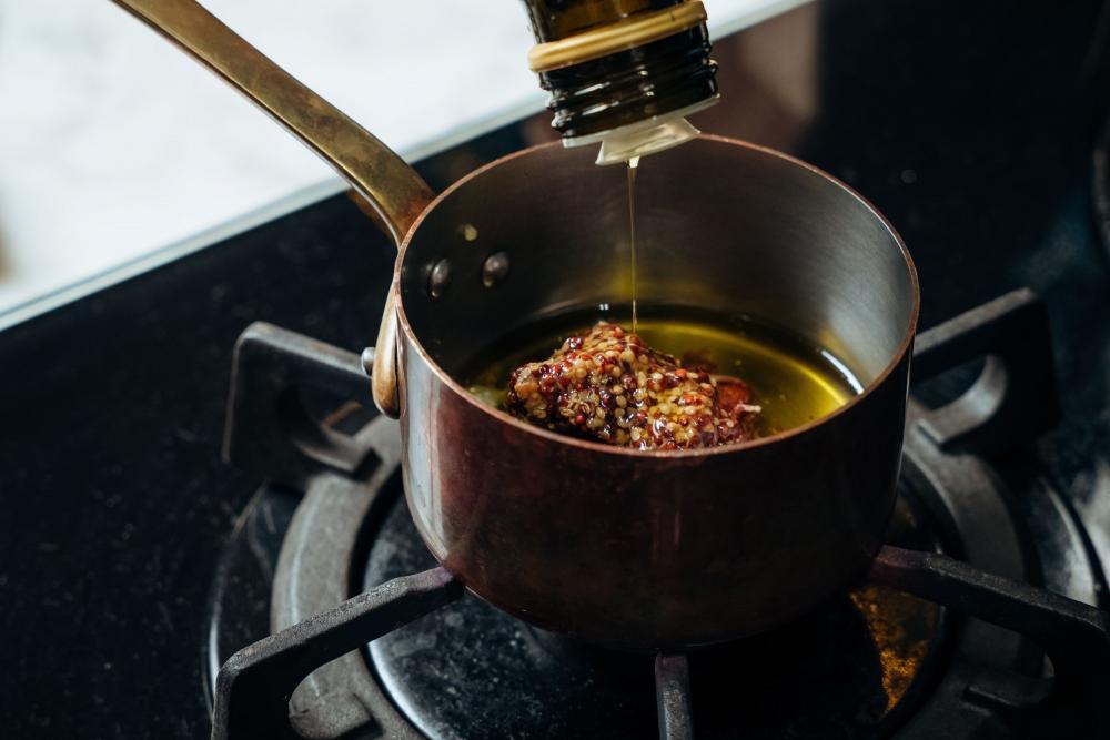 大蒜鯷魚醬拌溫沙拉/下酒菜/美食/台灣