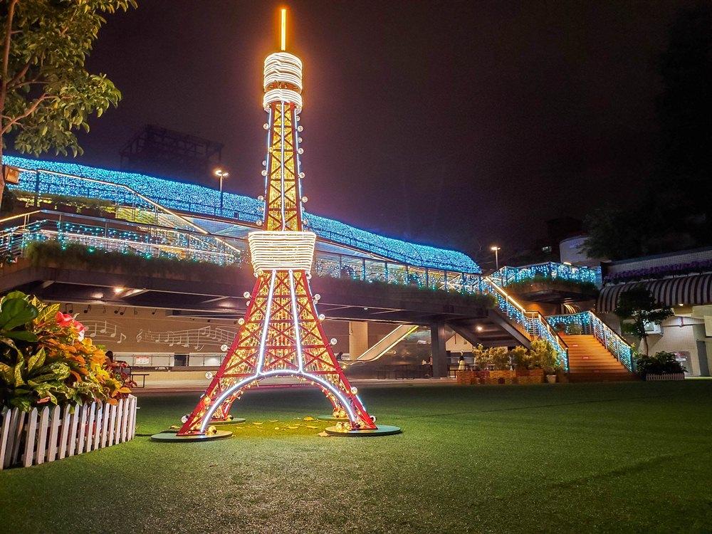 小東京鐵塔/光裝置藝術/閃耀心中山/聖誕節/心中山線形公園/台北/台灣