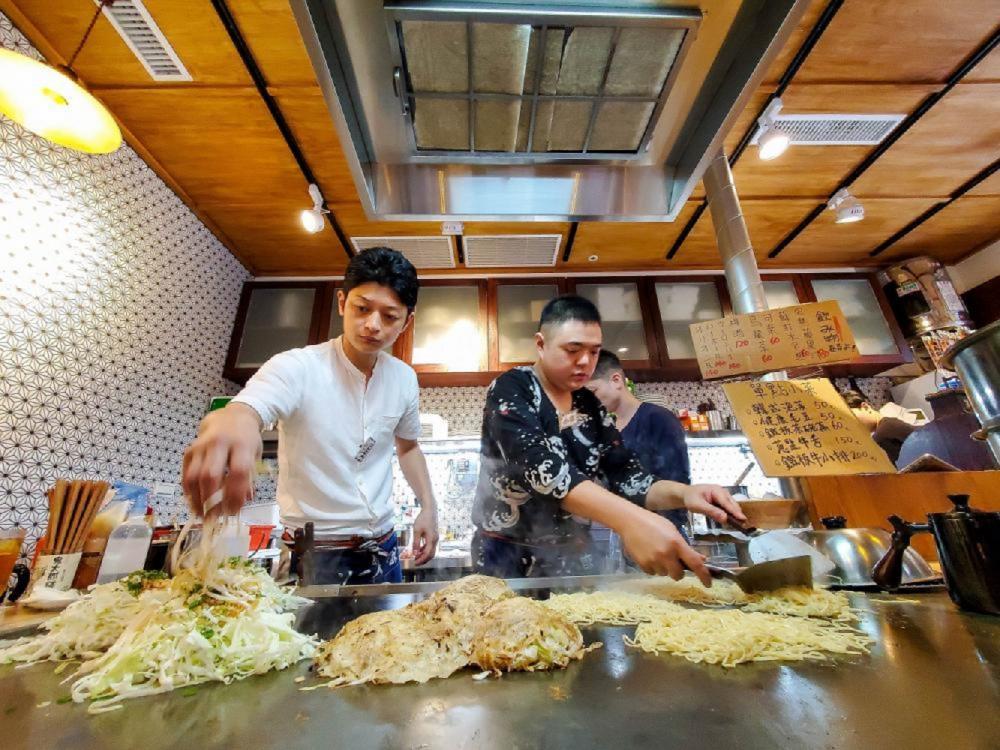 老闆料理過程/赤鐵廣島燒專賣店/廣島燒/日本屋台/美食/台北/台灣