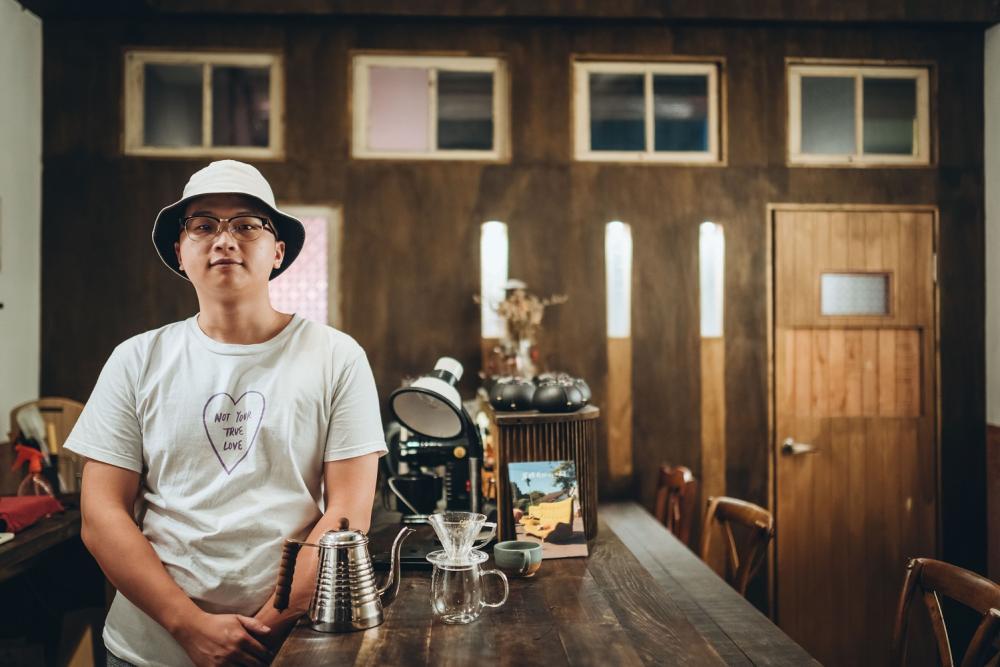 主理人/海咖啡/歷史建築/咖啡廳/美食/高雄/台灣