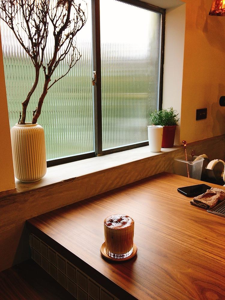 黑糖拿鐵/咖啡/空間/綠河Green River Roastery/新店/台灣