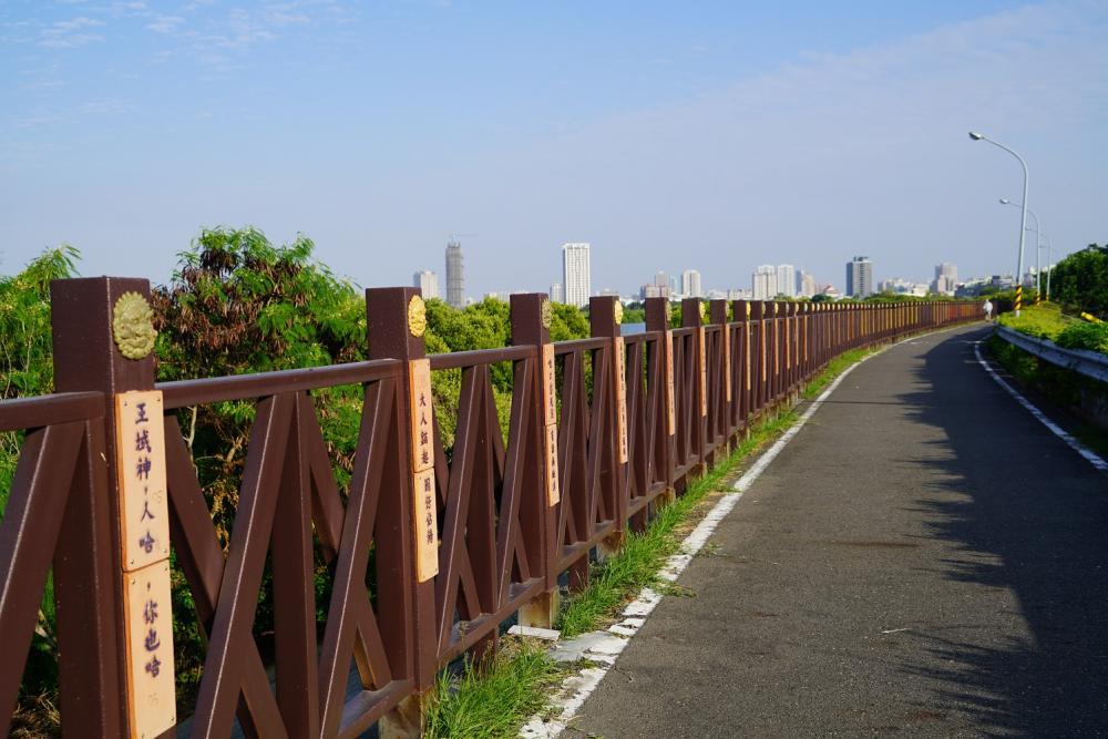 單車車道/堤頂自行車道/旅遊/安平/台南/台灣