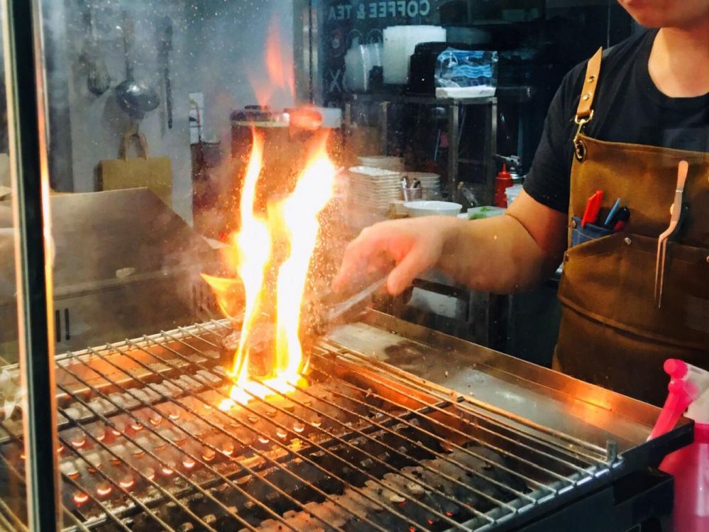 料理過程/GRiLL BOX/又一間商行/烤肉飯/台北/台灣