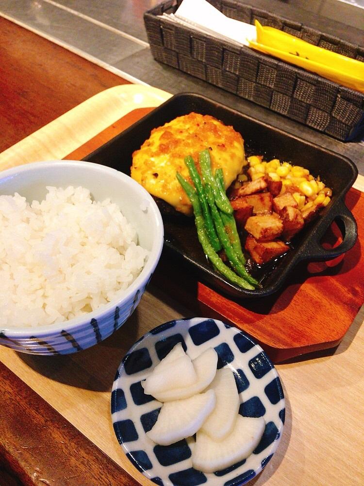 起司和牛漢堡排套餐/高木食堂/美食/台北/台灣