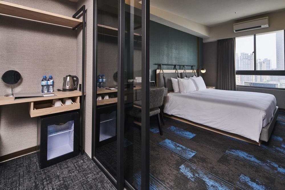 客房/宮賞藝術大飯店/宅度假/Airbnb/高雄/台灣